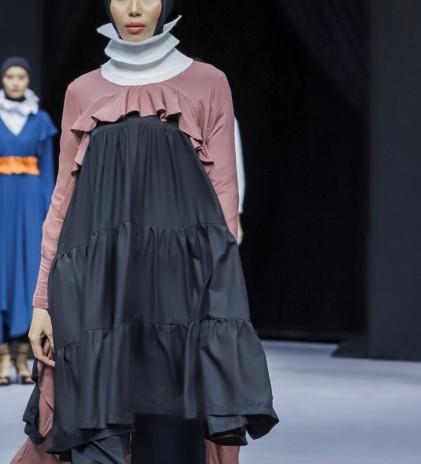 Komposisi Menawan Sinergi Desainer dan Industri Tekstil