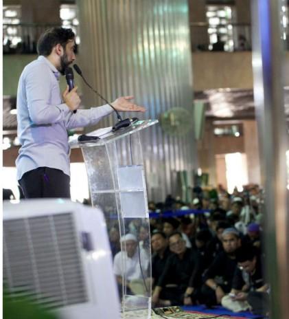 Nouman Ali Khan dan Keterhubungan dengan Al Qur'an