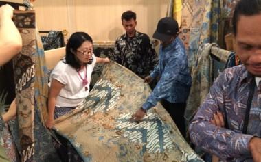Batik Pewarna Alam Bisa Jadi Produk Unggulan Indonesia
