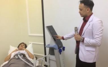 Treatment Terbaru untuk Membentuk Perut Sixpack dari The Clinic Beautylosophy